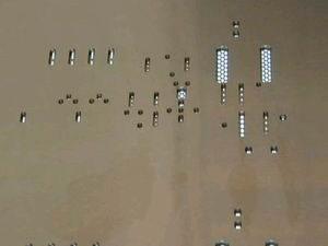 Резервуарные полости на трафарете для накопления клея